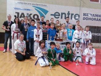 Prague Open 2013 - POOMSAE - putovní pohár již počtvrté pro TAEHAN
