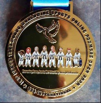 Medaile pro Taehan z on-line mezinárodního turnaje v poomsae
